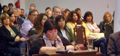 """Marcela Guido: """" vemos con preocupación el discurso del intendente"""""""