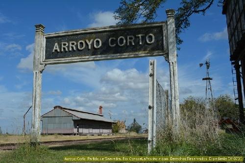 OLORES MOLESTOS EN ARROYO CORTO