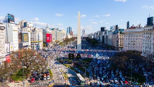 Fuertes movilizaciones contra el Gobierno en todo el país