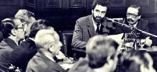 Memoramos hoy el 30º aniversario del histórico alegato del Fiscal Julio Strassera en el juicio a los dictadores por crimenes de lesa humanidad