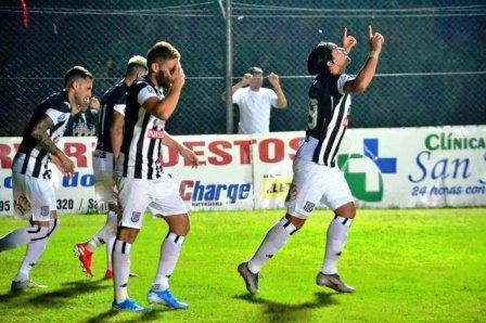 Fútbol Paraguayo - Marcos Litre presente en el empate de Santaní ante Sol de América.