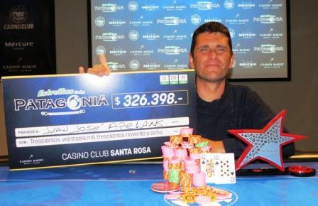 Pocker - Juan José Apelhanz ganó el torneo de Estrellas de La Patagonia.
