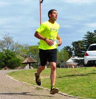 Atletismo - René Velázquez 3° en la general de Aparicio y 1° en su categoría.