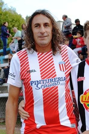 Fútbol Senior - Sergio Philipp anotó un gol en la victoria de El Progreso.