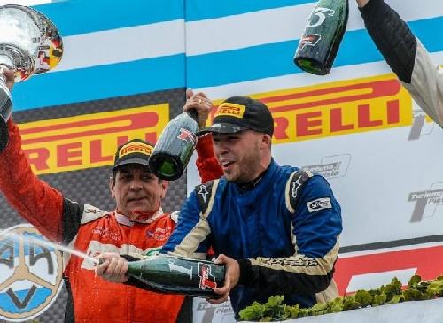 Turismo Pista Clase 3 - Gonzalo Antolín con Classic ganó en Alta Gracia, Emi González culminó 11°.