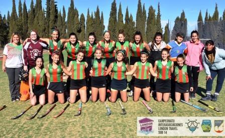 Hockey Femenino - Sub 14 - Independiente de Puán ganó los dos juegos en el London Travel.