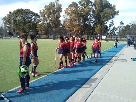 Hockey Femenino - Peñarol finalizó 3° en el Torneo Sub 16 Integración.