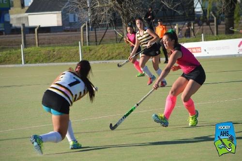 Hockey Femenino - El Sub 16 de la Asociación venció a Tandil por la mínima diferencia.