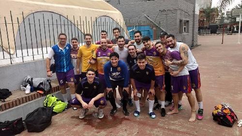 Handball Masculino - Gonzalo Couly con Tiro Federal de Bahía Blanca ascendieron a la divisional B de clubes.