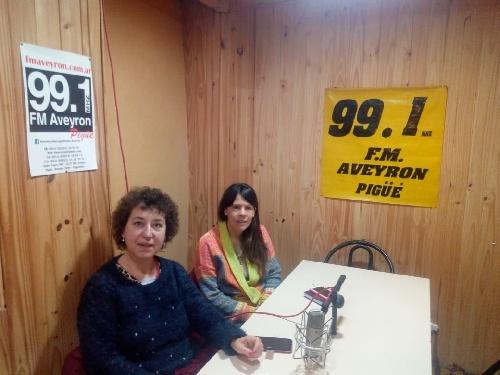 Valeria Visostky y Clarisa Rivas del Frente de Todos en la Brujula Electoral 99.1 FM Aveyron