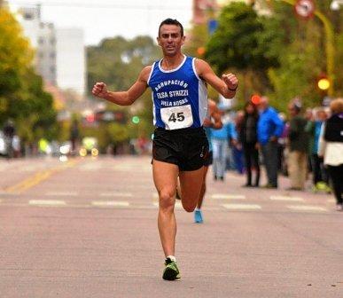 Atletismo - El bahiense Sebastián Cabrera se impuso en los 8 k de nuestra ciudad.