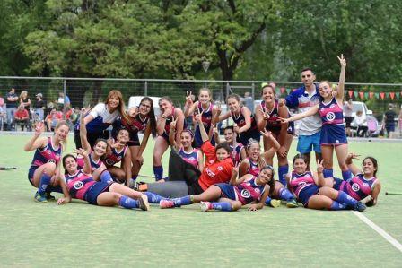 Hockey Femenino - La 7ma del Cef 83 es finalista.