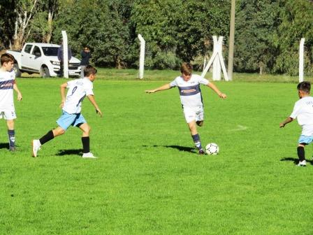 LRF - Inferiores - Dos clubes de nuestra ciudad juegan manaña como locales.