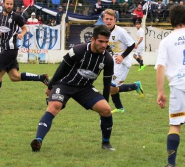 LRF - Facundo Sánchez vuelve a entrenar en Club Sarmiento.