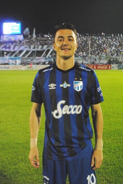 AFA - 1ra División - Con un gol de Leo González, Atlético Tucumán como visitante derrotó a Independiente.