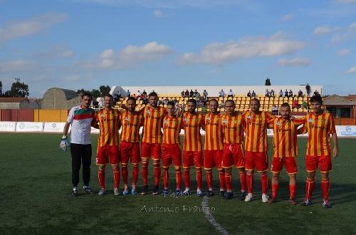 Calcio Serie E - Empate del Isola de Ginobili en su visita al Trebisacce.