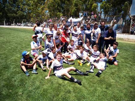 LRF - Inferiores - Deportivo Argentino se consagró campeón en 8va división.