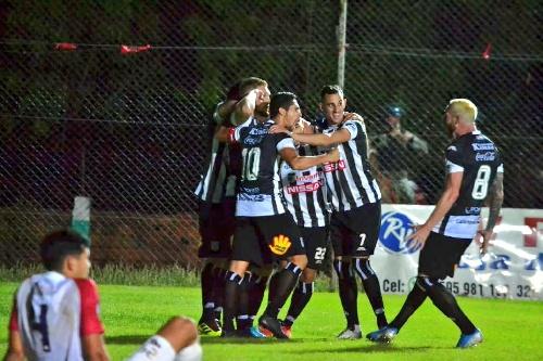 Fútbol Paraguayo - Marcos Litre festejó en la victoria de Santaní ante Nacional.