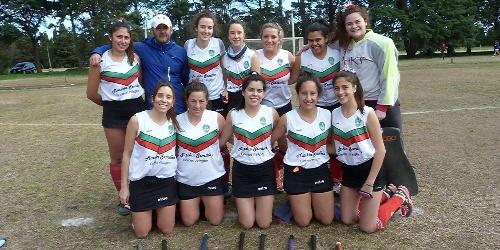 Hockey Femenino - Club de Pelota de Pringles derrotó al Hockey Carhué en partido pendiente de Primera División.