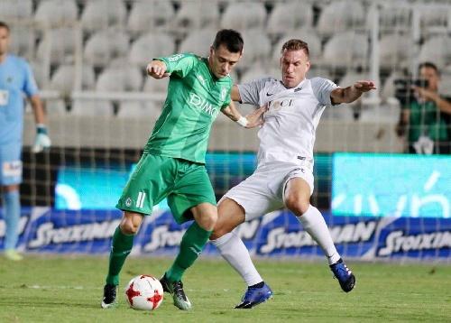 Fútbol Chipriota - Con gol de Leo González, el Omonia empató el clásico nicosiense con el Olimpiakos.