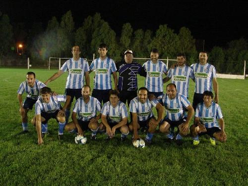 Fútbol Senior - Tiro Federal de Puán y Automoto de Tornquist los ganadores del sábado por la noche.