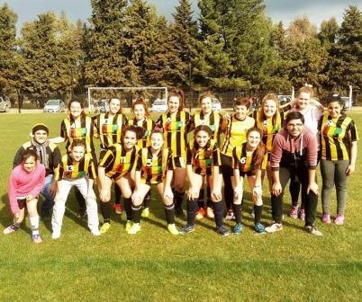Fútbol Femenino - Deportivo Arroyocortense fue anfitrión de Peñarol.