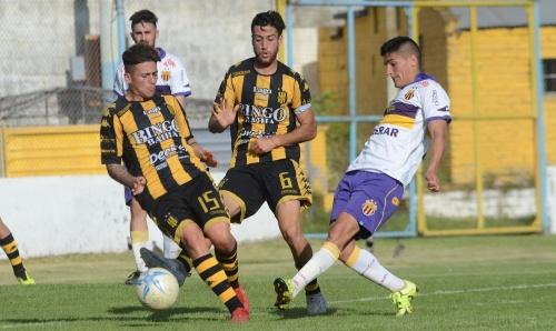 Liga del Sur - Olimpo con Cabral y Otondo batió a Tiro Federal y sigue en Play Offs.