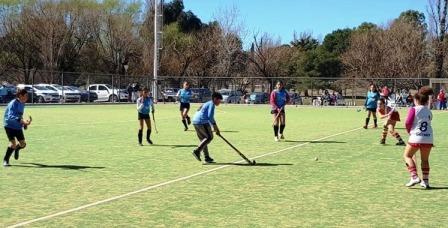 Hockey Femenino - Resultados del 3° encuentro de Formativas en nuestra ciudad.