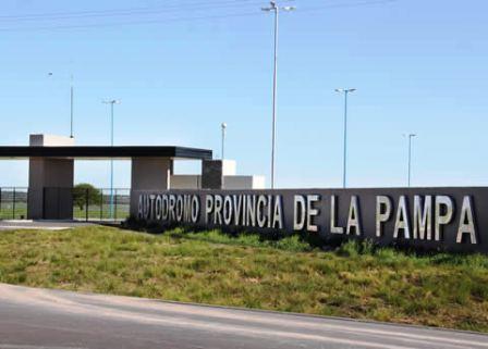 Inminente autorización para pruebas comunitarias en el Autódromo de Toay.