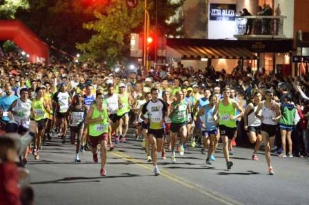 """Atletismo - La tradicional """"Carrera de Reyes"""" de Bahía Blanca ya cuenta con 1600 inscriptos."""