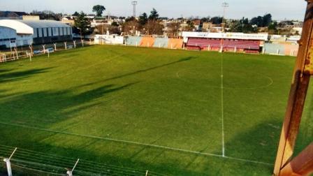 LRF - Sarmiento vs Unión de Tornquist jugarán en Peñarol.