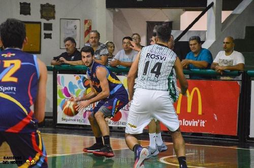 Basquet Bahiense - 11 puntos para Silva en la derrota de Bahiense ante Villa Mitre.