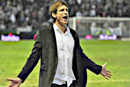 Facundo Sava podría dirigir Quilmes donde se desempeñan Prost y González