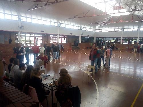 Buen inicio del acto comicial en el distrito de Saavedra Pigüé