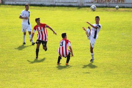 LRF - RESERVA - Sarmiento y San Martín de Carhué empataron y siguen en la cima.