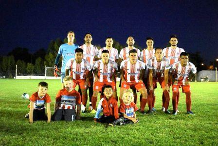 Unión Pigüé obtuvo su primer triunfo en la Copa Ciudad de Pigüé.