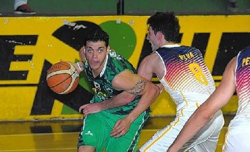 Torneo Federal - Villa Mitre derrotó a Bahiense del Norte. Seis puntos de Esteban Silva.