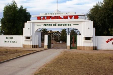Sarmiento vs San Martín de Carhué se juega en Deportivo Sarmiento.