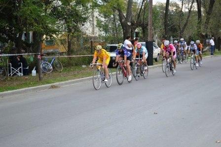 Ciclismo - Néstor Ziegemann resultó 3° Master C en Parque de Mayo.