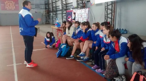 Handball Femenino - Las cadetes del Cef 83 obtuvieron un empate y una derrota en la 3ra jornada del Nacional en San Nicolás.