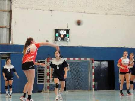 Handball - El Cef 83 y un record positivo en la Asociación Bahiense.