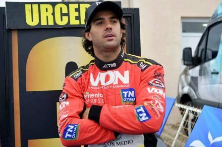Turismo Carretera - Jose Manuel Urcera se mantiene en lo mas alto del campeonato.