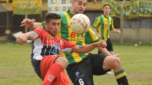 Liga Del Sur - Puerto Comercial derrotó a Huracán de Ingeniero White y se quedó con la Copa Amistad.
