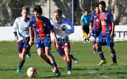 LRF - Inferiores - Peñarol viaja a Tornquist a enfrentar a Automoto en las 4 categorías.