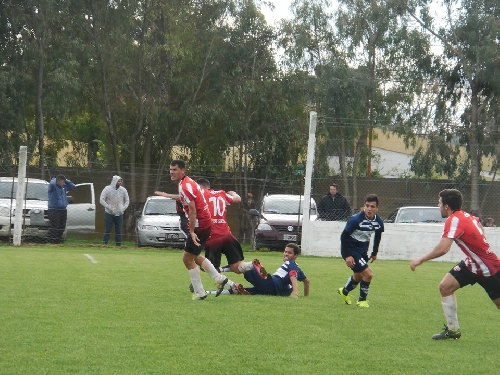 LRF - Deportivo Argentino superó a San Martín de Carhué como visitante y ve posibilidades de terminar 1° en su grupo.