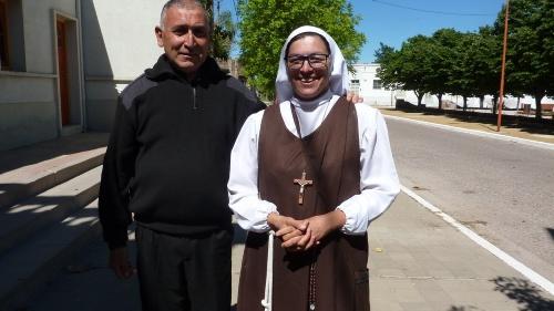 Rosana, la monja bahiense franciscana que vive en la Ermita de Saavedra