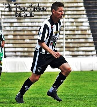 Fútbol Regional - Facundo Lagrimal entre los convocados para la final en Tandil.