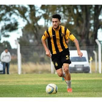 Nacional B - Nicolás Cabral ingresó en Olimpo que goleó en amistoso a Huracán de White.