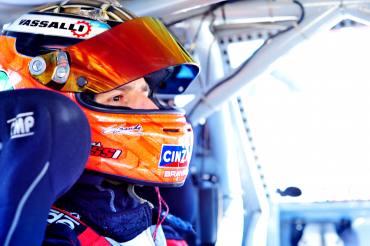 Turismo Carretera - Matías Rossi el mejor tiempo en San Luis - Sergio Alaux 25° registro.