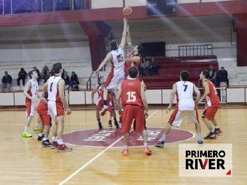 Basquet Federal - Derrota de River Plate y fin del torneo para el millonario - 9 puntos de David Fric.